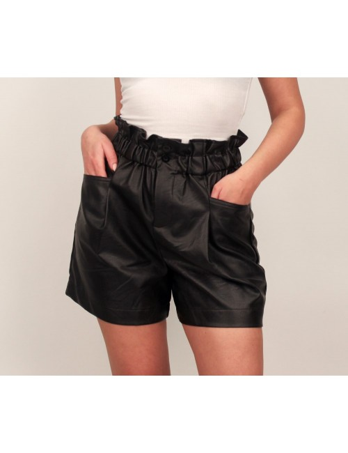 Pantaloni scurti piele ecologica